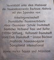 Dank an die Spenderinnen und Spender, die das Denkmal ermöglicht haben Foto: Jutta Schütz